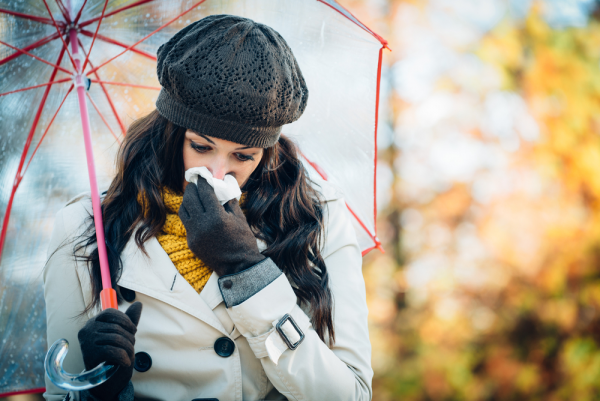 Four Tips to Avoid Holiday and Weather-Related Allergies This Season